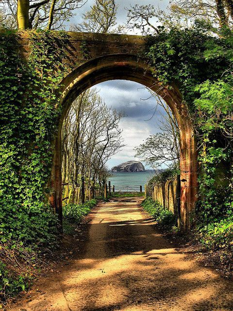 Portal, Firth of Forth, Scotland ... with a view of Bass Rock through the 'magic eye'!