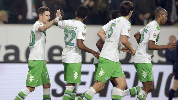 El Wolfsburgo del peruano Carlos Ascues será local en el Volkswagen-Arena para enfrentar al PSV Eindhoven en la cuarta jornada de la Champions League. Este duelo será por el grupo B y se disputará este martes 3 de noviembre desde las 2:45 pm. (horario peruano).