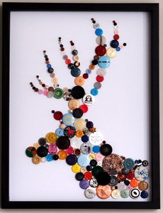 Framed Deer made with Buttons, I think Olivia woud like this!