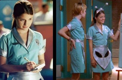 Halloween Costume Ideas for Geek Girls.  Doing the Roswell one, no question