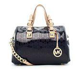 here buy a Michael kors BLAKE handbags at http://www.michaelkorsbags.biz