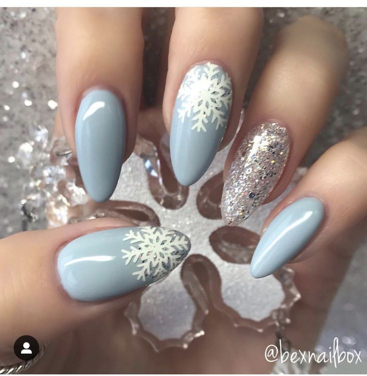 jul 5 2020 this pin was discovered by georgtebo discover and save your own pins on pinterest in 2020 christmas nails xmas nails fashion nails pinterest
