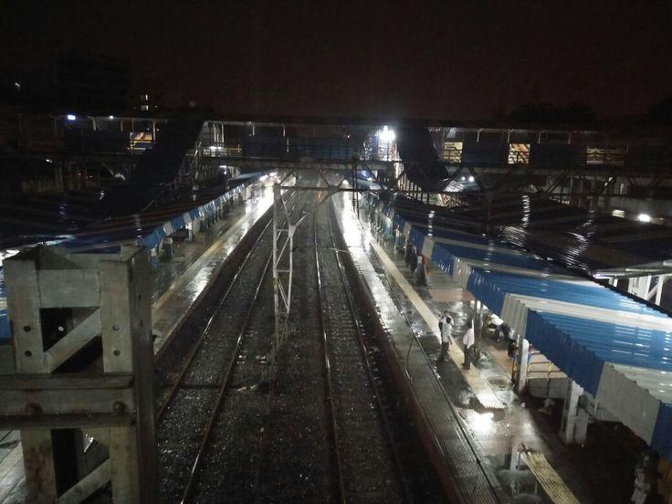 Mumbai floods LIVE updates: Over 24 hours of rain leaves 4 dead but Mumbaikars turn good samaritans