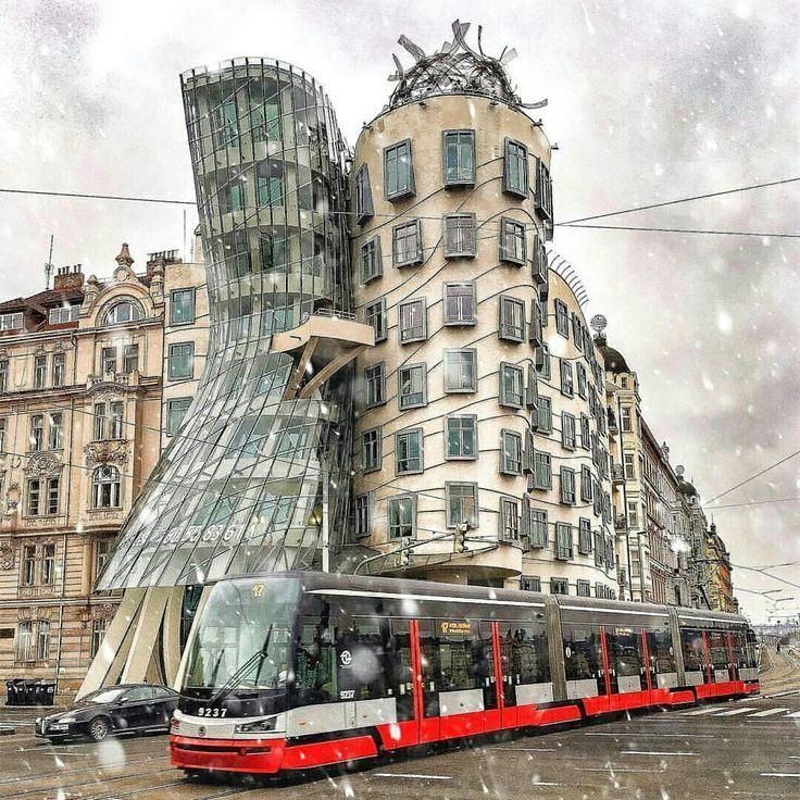 💥 Hey Pixels, como vão? Investir em Marketing Digital é um investimento com retorno mensurável! É usar a criatividade e gerar inspiração em seu público-alvo, assim como essa incrível dacing house em Praga, na República Checa. . ✔ Quer levar o seu negócio para um outro nível de engajamento, visibilidade e acrescentar mais valor à sua marca / página / perfil / empresa / blog / canal ou site? Conte conosco! . ☎ Telemóvel / Celular / Whatsapp: (+351) 9126-25811 ou (+351) 9357-12380.
