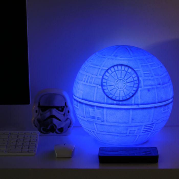 b3bb8d807 Luminária Estrela da Morte pra quem ama Star Wars. #imaginarium  #imaginariumlovers #design #criativo #fun #luminaria #star #wars |  Luminárias | Estrela da ...