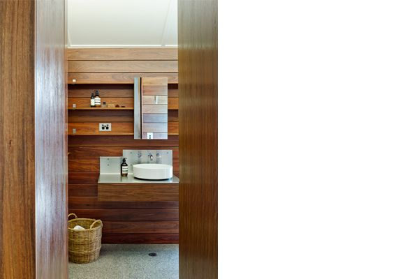 Timber Clad Ensuite_Keiron Gait Architects