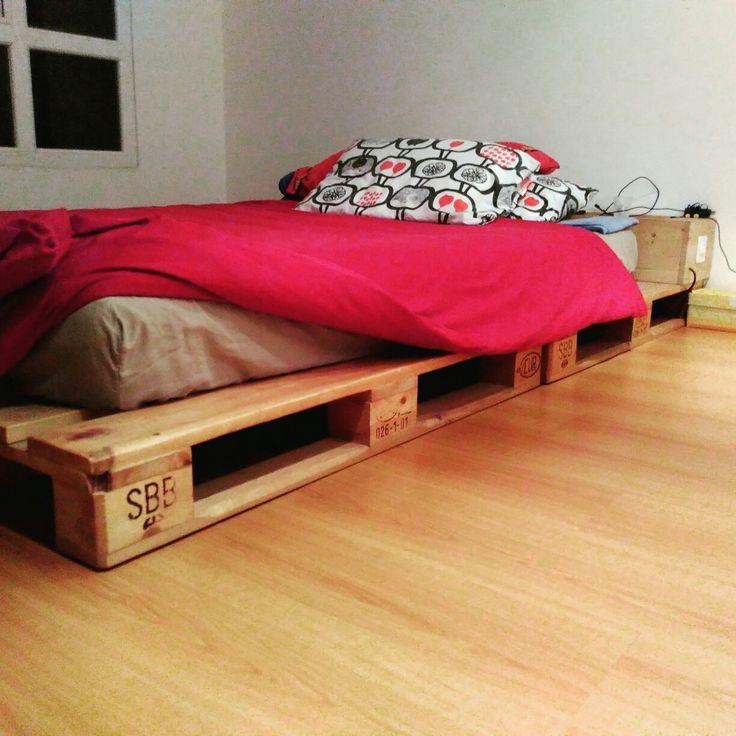 1000 ideas about europaletten bett on pinterest bett. Black Bedroom Furniture Sets. Home Design Ideas