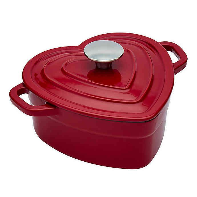 Artisanal Kitchen Supply 2 Qt Enameled Cast Iron Heart Dutch Oven In Red Bed Bath And Beyond Canada Dutch Oven Kitchen Supplies Cast Iron Oven