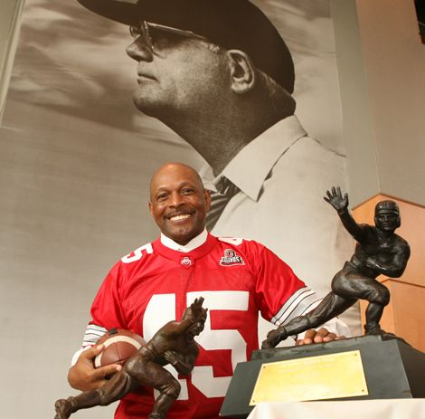 Ohio State running back Archie Griffin is the only player in college football history to have ever won the Heisman trophy twice.(1972-1975)