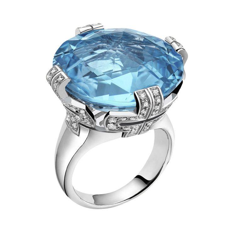 from bvlgari bulgari parentesi blue topaz large ring with diamond