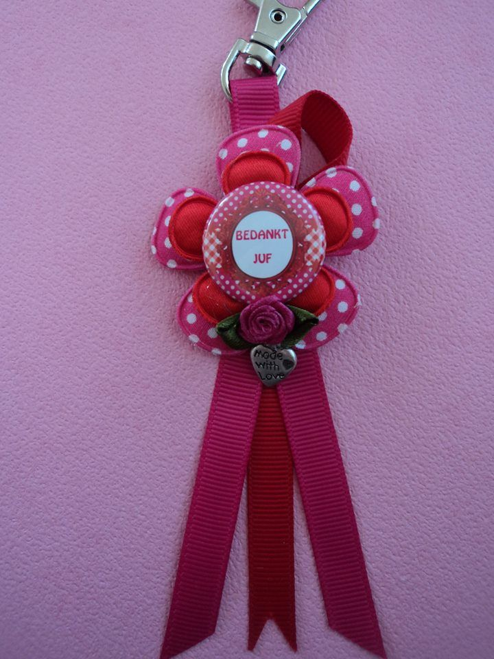 roze rood voor de juf  https://www.facebook.com/zusjesenbaasjes?ref=hl