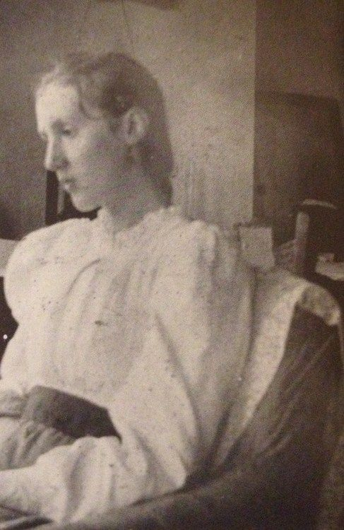 Virginia Woolf at 14 years old, 1896.