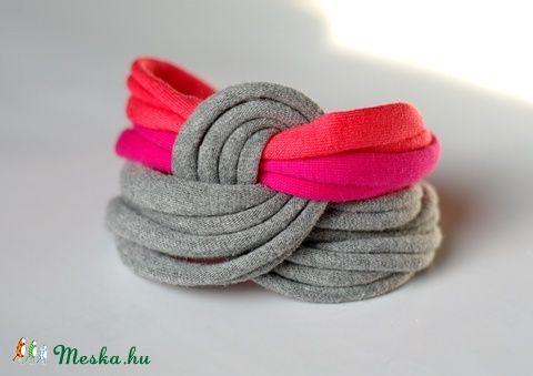 LASSO - textil karkötő, szürke/pink/korall (cirrhopp) - Meska.hu