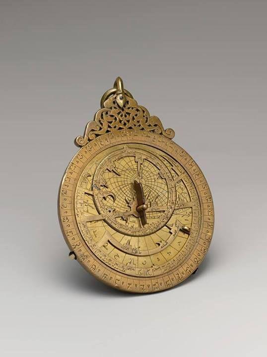 https://www.facebook.com/pages/Islamska-arhitektura-i-umjetnost/1403357959880645 Muslim Astrolabe, 1291. Yemen