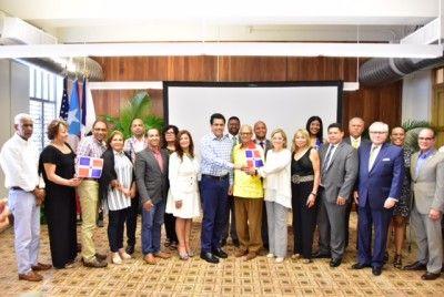 Firman acuerdo de cooperación entre la capital de Puerto Rico y el Distrito Nacional