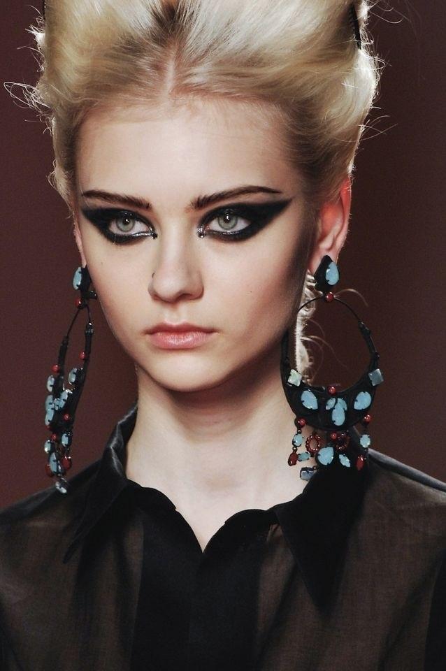 #makeup #runway #black #edgy   Makeup x3   Pinterest ...
