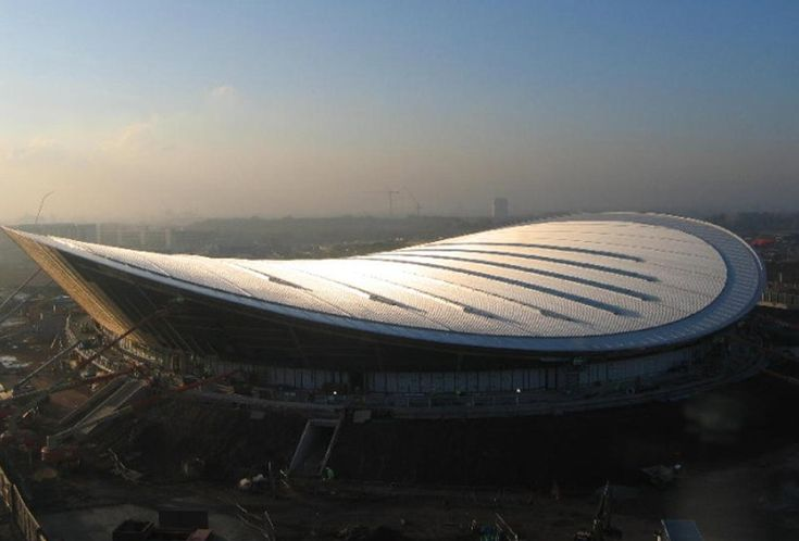 The London 2012 Olympics' velodrome by Hopkin Architects. Sleek, elegant and, for the win, looks like a bike saddle! :)
