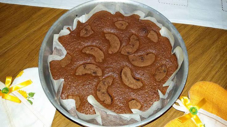 Torta 12 cucchiai al cacao con biscotti al cioccolato