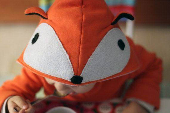 Children love to dress up and... who doesnt want to become the cutest fox in town?!?  This hoodie is made from cotton blend knit fabric, hoodie resembles a sweet fox creature.  At bymamma190 we love to become true our kids whims. We also love to make durable and long lasting garments your kids will enjoy to wear everyday. We think sharing after upsizing is a good way to take care of our mother Earth. This is the main reason we worry about our materials selection and production process in…