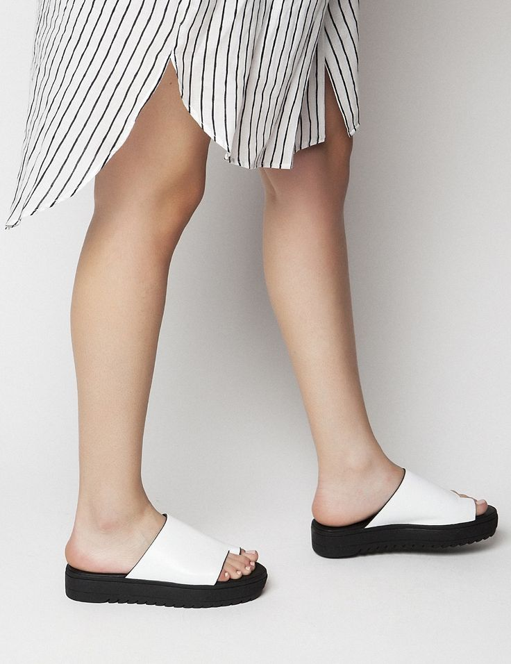 Mila White Flatforms S/S 2015 #Fred #keepfred #shoes #collection #leather #fashion #style #new #women #trends #flatforms #sandals #white