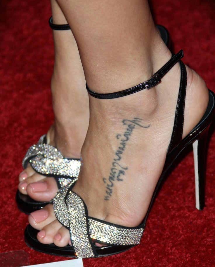 Jenna Dewan Tatum's Feet << wikiFeet
