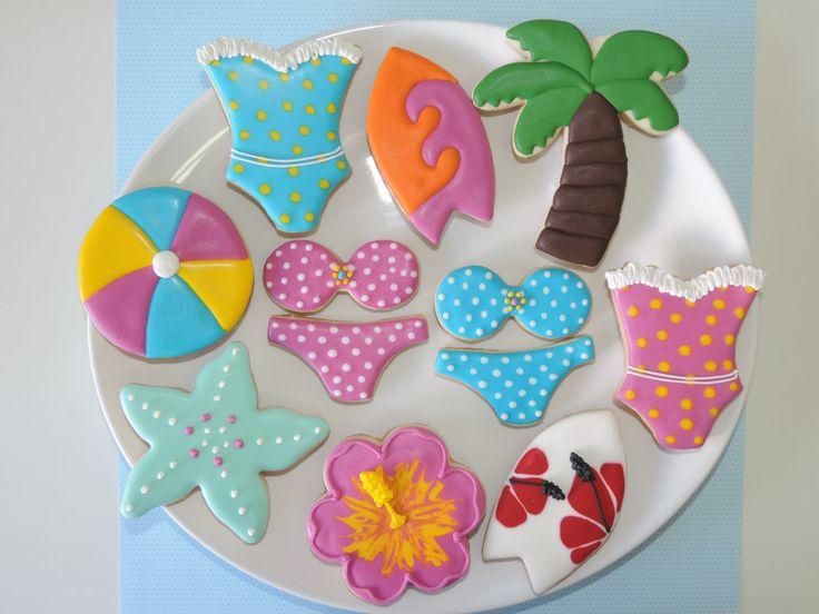 Biscoitos decorados Praia Meninas - pranchas, biquínis, maiôs, coqueiros, flores, estrela do mar e bolas - www.sugarkisses.com.br  -  contatosugarkisses@hotmail.com