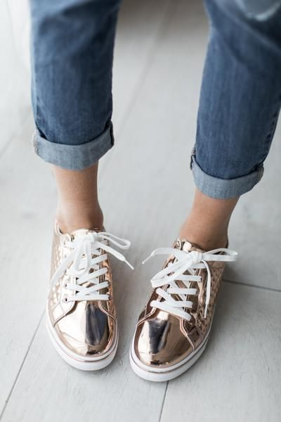 It's one part rose gold obsession, one part that these are called the Matthew Rose Gold Sneaker and that's my husband's name that reeeeally makes me want to rock these bad boys! #mindymaesmarket #dreamcloset