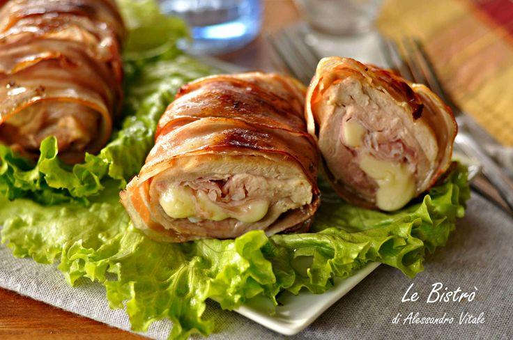 LeCosce di pollo farcite sono un secondo piatto goloso e facile da realizzare. La farcitura morbida e filante, ed la pancetta croccante rendono questo piatto davvero irresistibile.