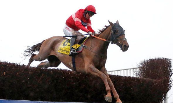 Grand National 2016: Silviniaco Conti can claim gold for Paul Nicholls at Aintree