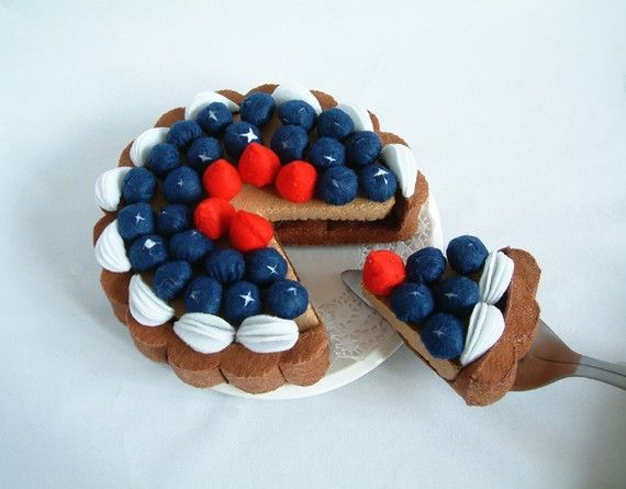 DIY felt blueberry tartPDF Pattern via EmailF32 by fairyfox
