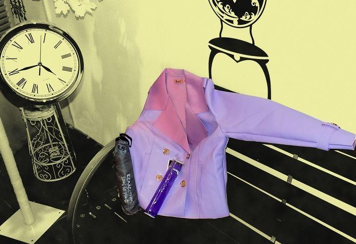 Une belle veste de pluie aux tonalités de lilas.  A vous d'accorder vos tenues.