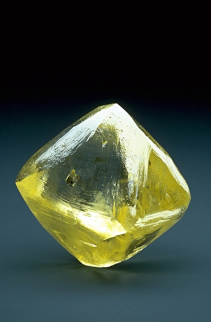The 253.7-carat Oppenheimer Diamond is in the shape of an octahedron (an eight-sided double pyramid), which is the common shape for diamond crystals. This diamond is 3.8 cm (1.5 in) in height and was discovered at the Dutoitspan Mine near Kimberley, South Africa in 1964. The Oppenheimer Diamond is unusual because diamonds of its size are rarely left uncut. Photo by Chip Clark, Smithsonian Institution.