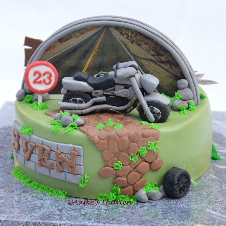 motor taart/ vis taart