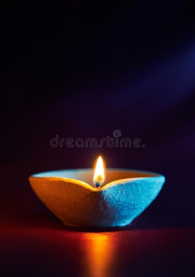 Diwali Oil Lamp Traditional Clay Diya Lamps Lit During Diwali Celebration Affiliate Traditional Clay Lamp Diwali Oil Ad Oil Lamps Diya Lamp Lamp