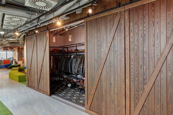 Barn Doors to Cloakroom