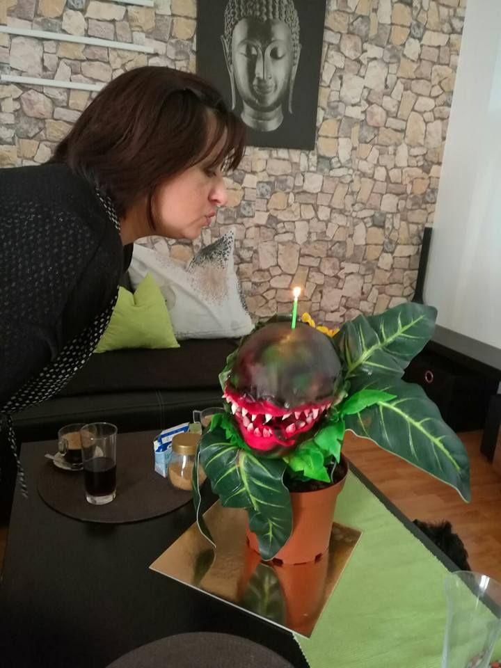 Masožravka_cake_Monster Flower
