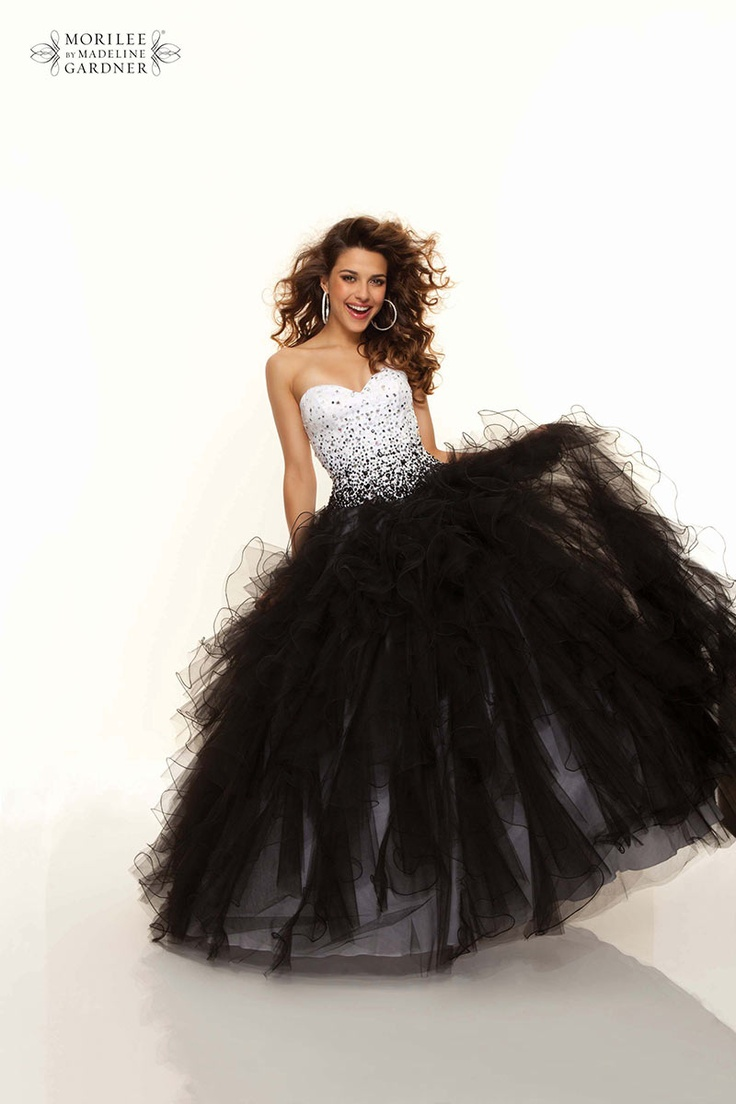 Beautiful Princess Prom dress in Black and White - Mori Lee 93100
