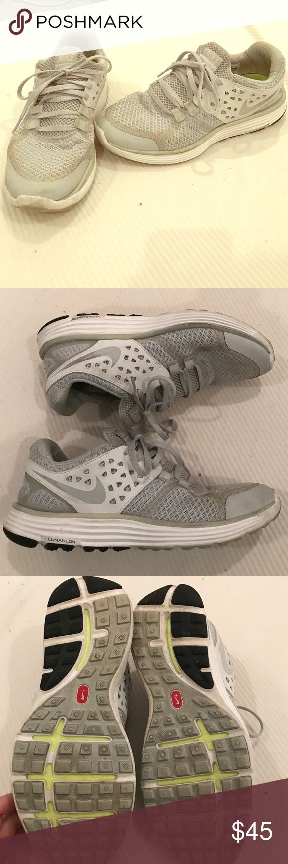Barely Worn! Nike Lunar Swift T-3 sneakers Only worn for a short period of time, not the running shoe I was looking for. Nike Lunar Swift with dynamic arch support, attached tongue style so no worrying about the tongue sliding around. Great show and great deal Nike Shoes Sneakers