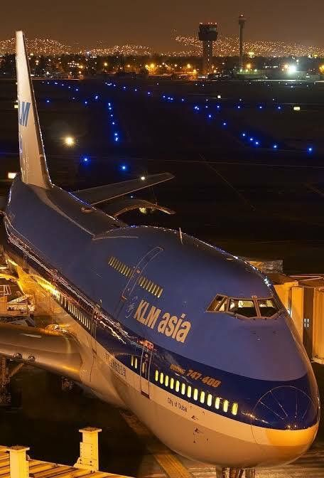 Boeing 747-400 KLM Asia