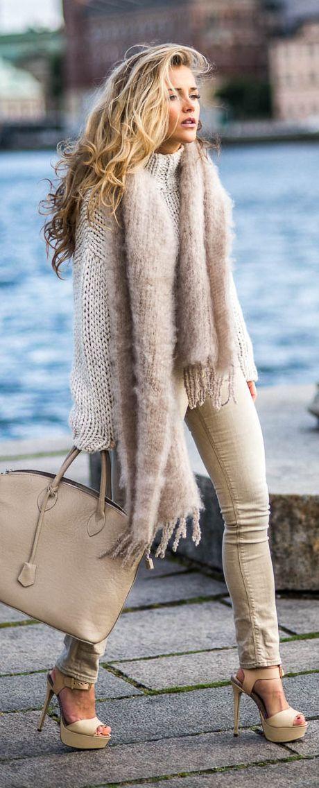 Molly Rustas Nude Platform Sandals Tan Skinnies Blush Cozy Scarf Cream Chunky Sweater Fall Inspo