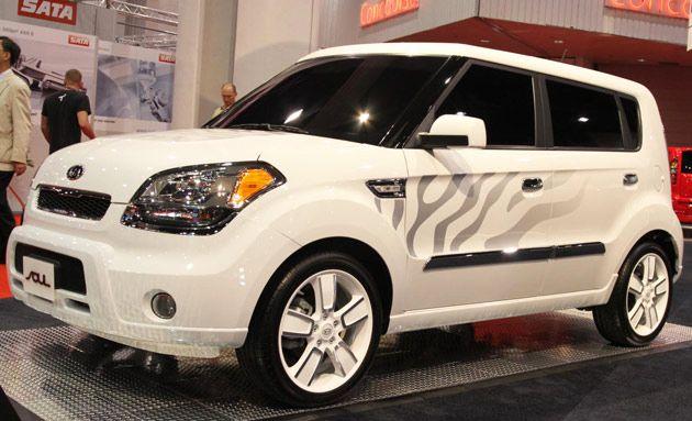 sema 2010 kia soul white tiger photo gallery cars kia. Black Bedroom Furniture Sets. Home Design Ideas