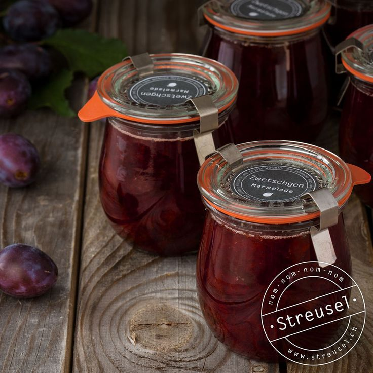 Rezept für Zwetschgen-Marmelade (Pflaumen-Marmelade), die ganz ohne Gelierzucker auskommt. Abgucken bei einer Bäckerin / Konditorin.