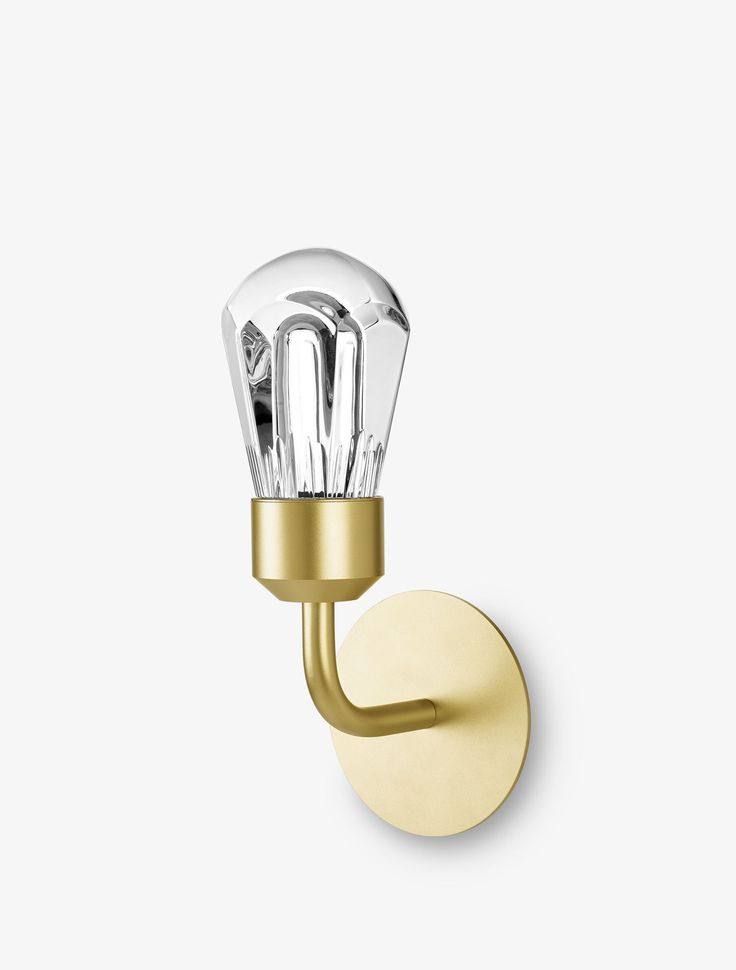 Baccarat Lamps Voila Are Based On The Confrontation Of Two Icons