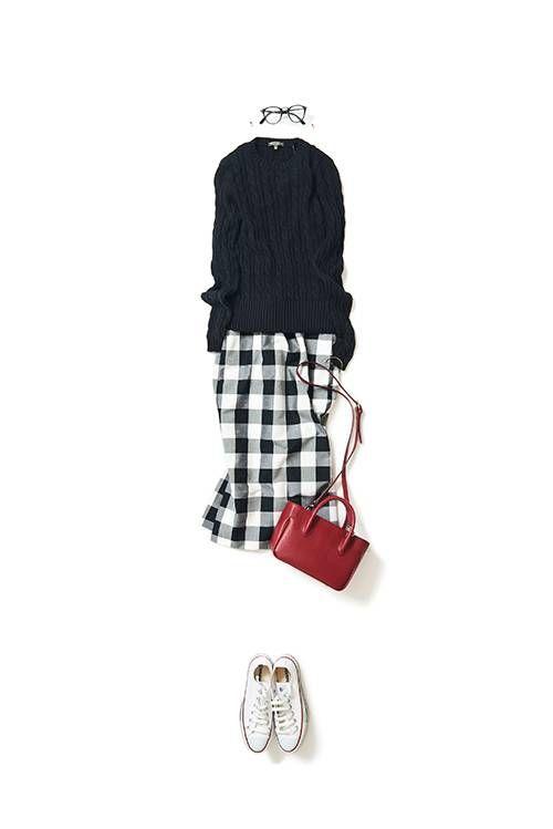 K.kcloset タイトskirtをCuteに着る…mystyleはblackのsweaterををwhiteに☆