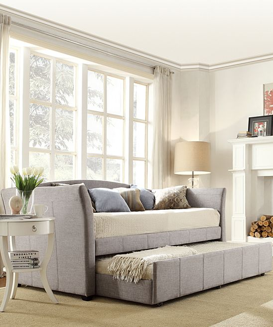 Stanton Linen Daybed Amp Pull Out Trundle Tonna S Board