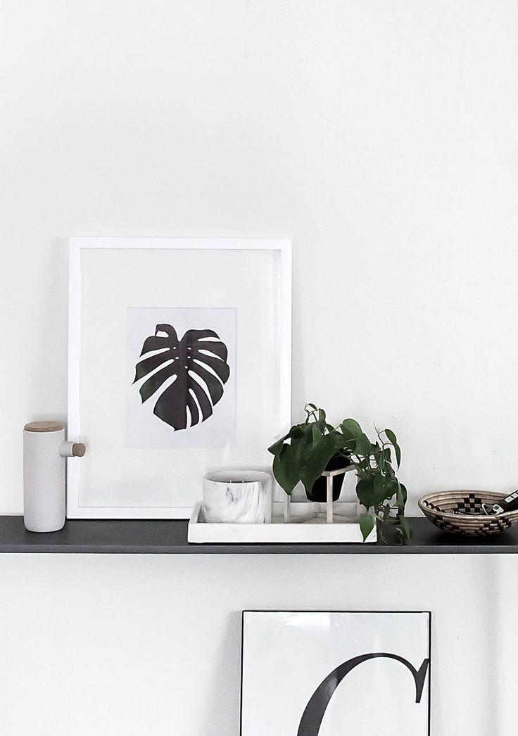 Free botanical monstera wall art download. Minimal and Scandinavian style.