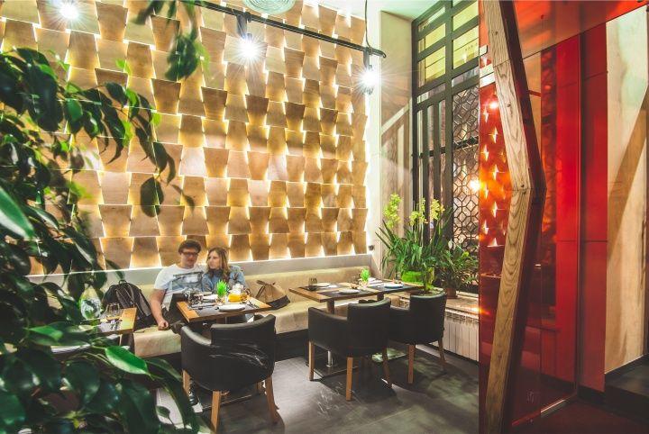BARBACOA restaurant bar by Dekart Studio Odessa Ukraine 06 BARBACOA restaurant & bar by Dekart Studio, Odessa Ukraine para las colindancias celosia que pasa luz tipo tejido de petate