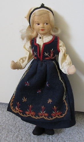 Norwegian Ronnaug Petterssen Cloth Doll Sunnmore Norway with Tag