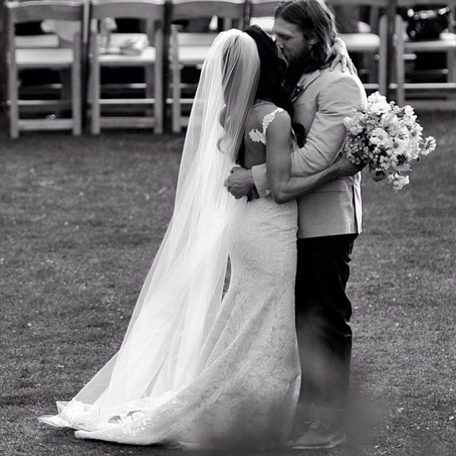 """""""Tonight on #TotalDivas you'll be able to see our personal vows exchange. The promises we made to each other. Our most memorable day ever! But also tonight…"""""""