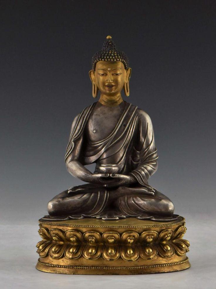 QING GILT SILVER BUDDHA FIGURE OF AMITABHA BUDDHA